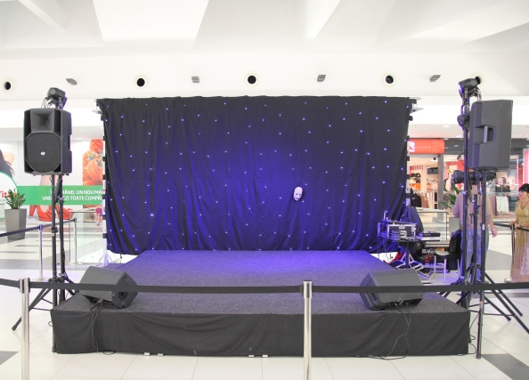 inchiriere-podium-scena