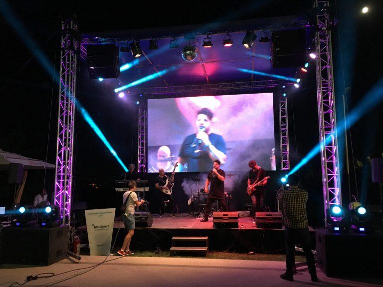 scena_concerte_spectacole-6x4