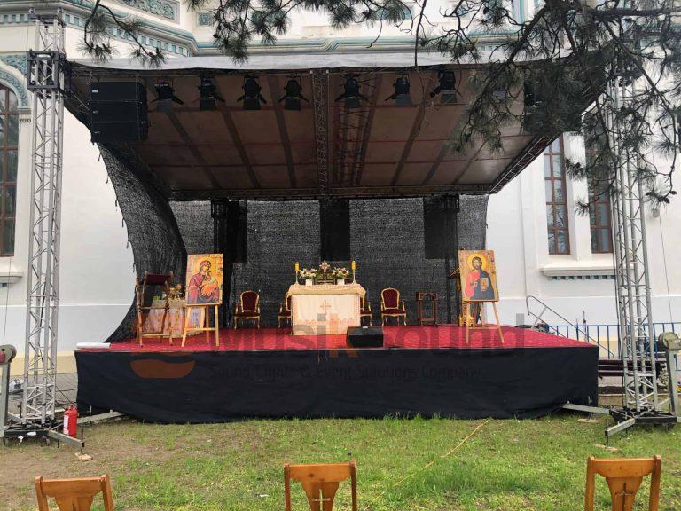 scena-aer-liber-biserica