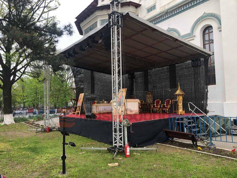 scene-biserica